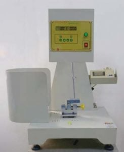 Machine de test Charpy